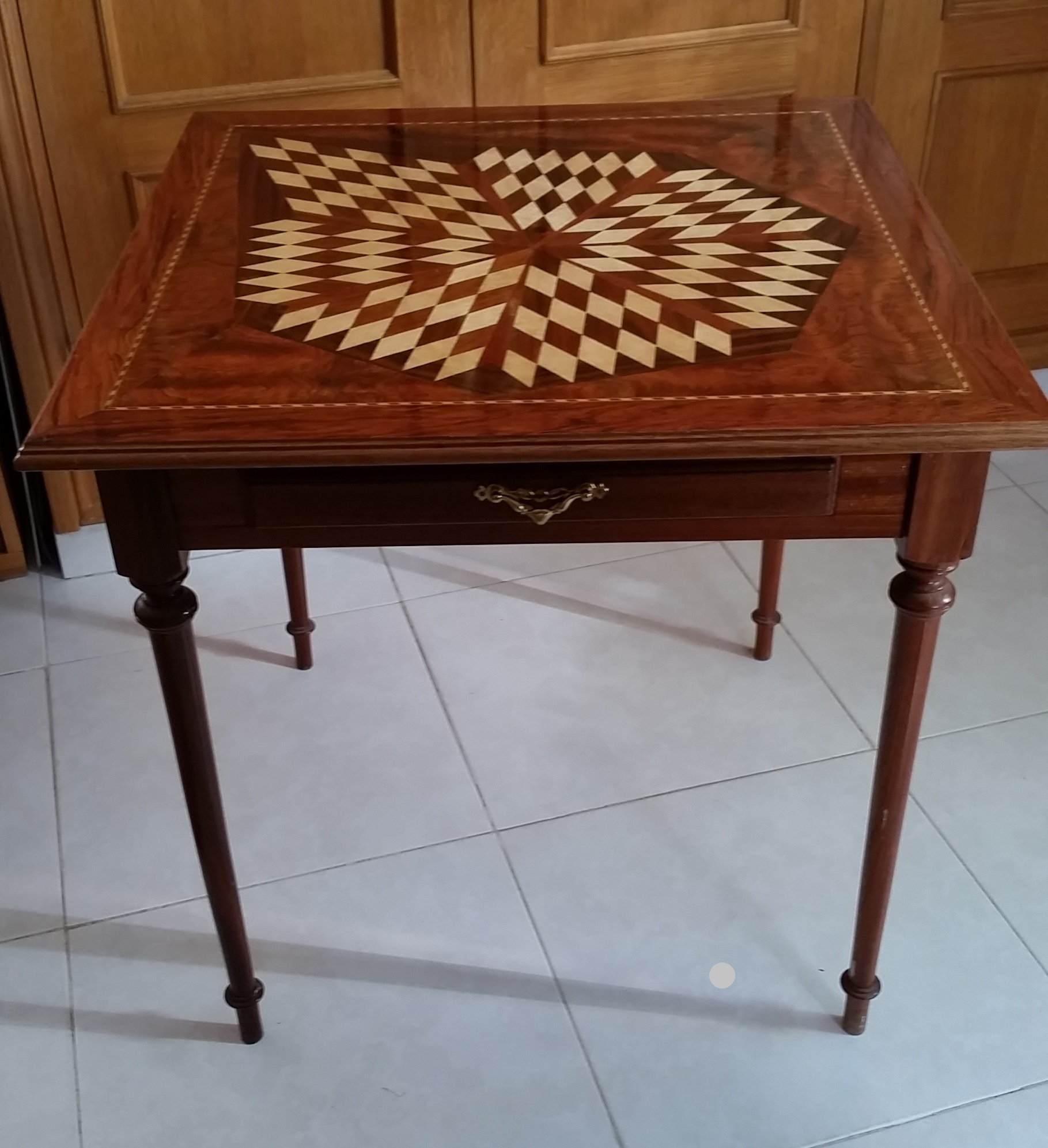 -model Marquetry table 1