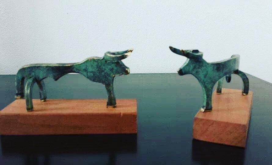 Toro Picassiano pequeño
