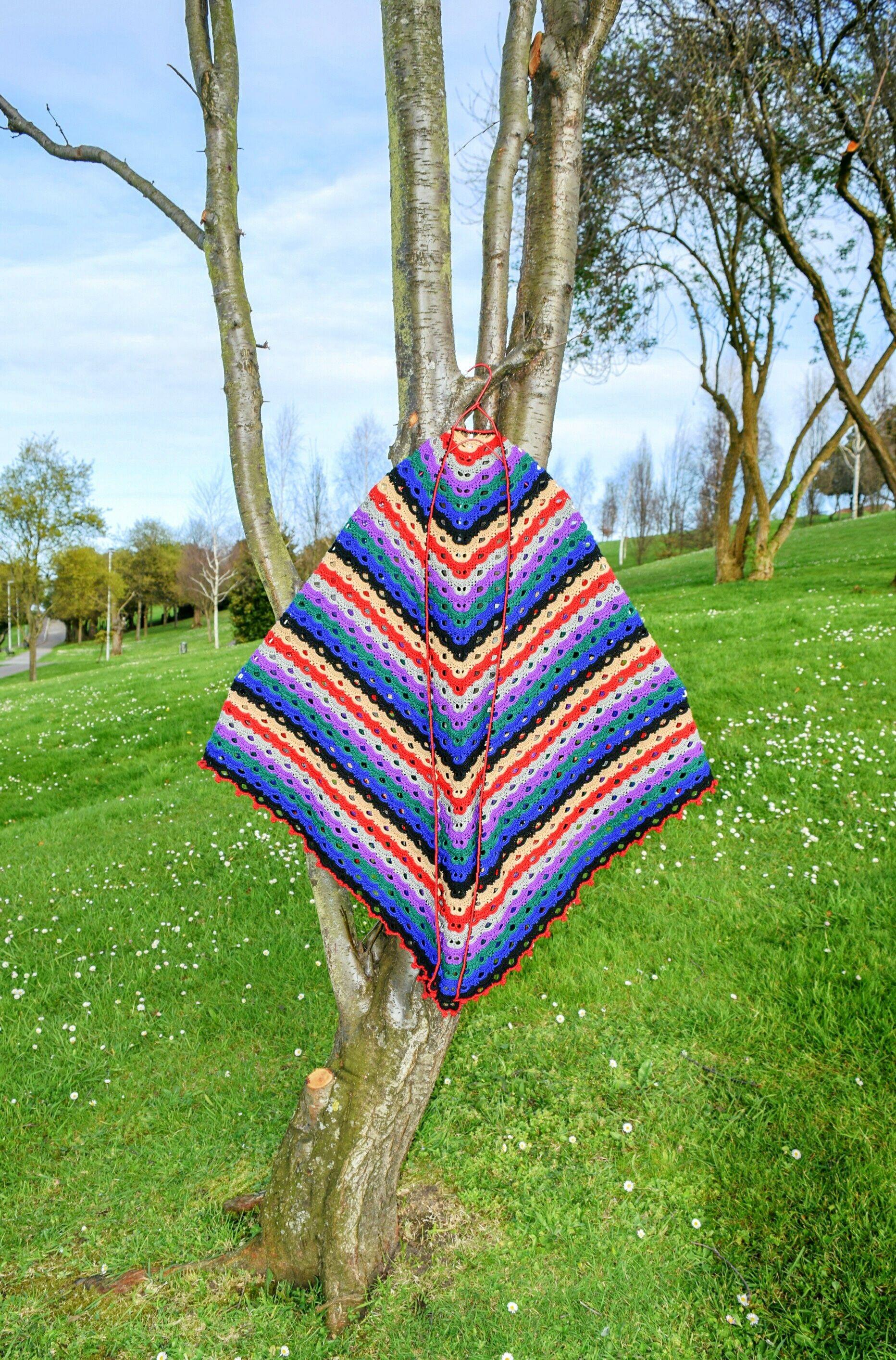 Crochet shawl XL