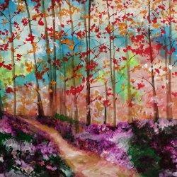 Caminos en el bosque en armonía