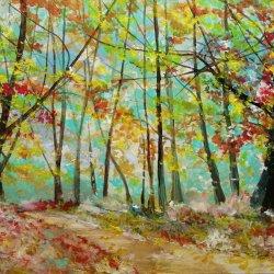 Caminos en el bosque otoñal