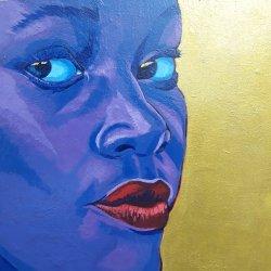 Mujer Violeta