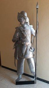 Escultura Soldado con pipa