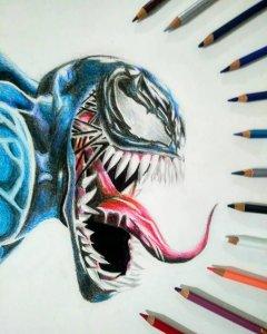 Venom realista