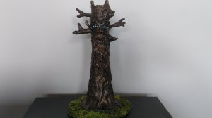 Incense burner shaped like a tree trunk