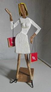 Muñeca de Cartón