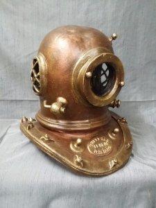 Ceramic diving suit