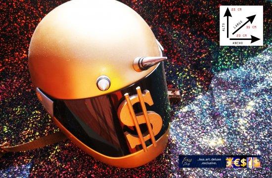 Helmet Law of economic attraction high decoration