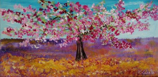 El árbol florecido en la primavera