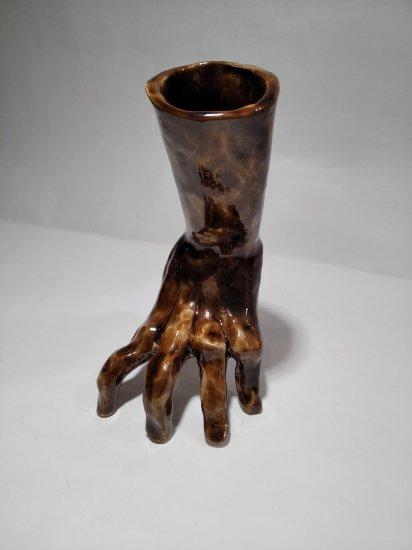 Hand flowerpot