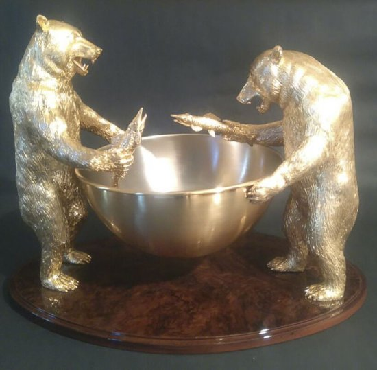 Champagne serving fountain, gold-plated bronze